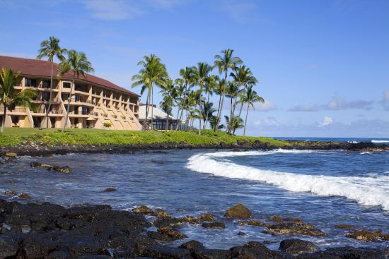 Sheraton-Kauai Resort Po'ipu Beach Photo Courtesy of Sheraton-Kauai Resort Po'ipu Beach