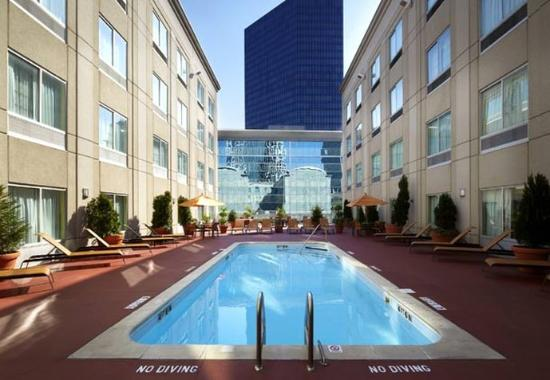 Photo of Courtyard By Marriott Charlotte City Center