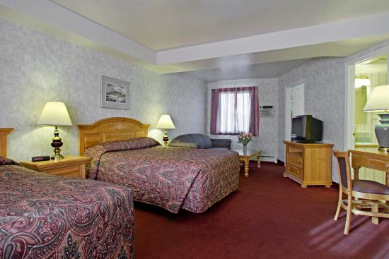 Americas Best Value Inn - Executive Suite Airport Hotel