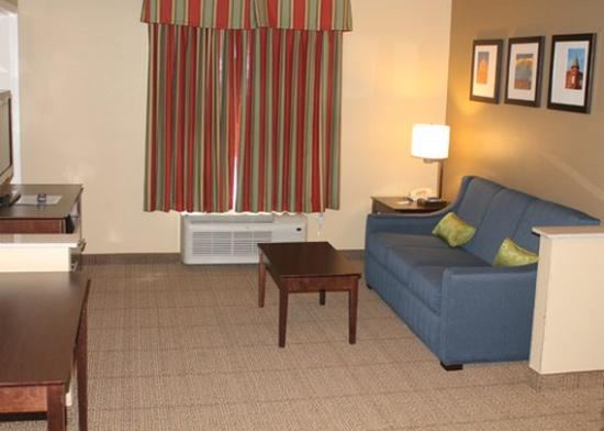 Photo of Comfort Inn & Suites Bryant