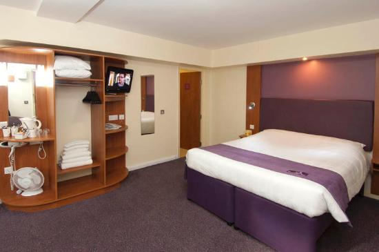 ‪Premier Inn Peterborough - A1(M) Jct 16‬