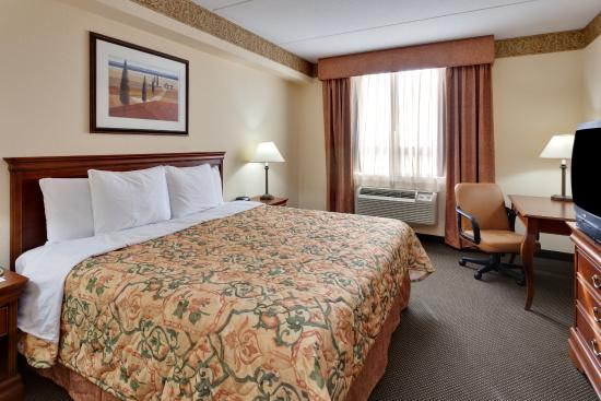 Photo of Country Inn & Suites London South