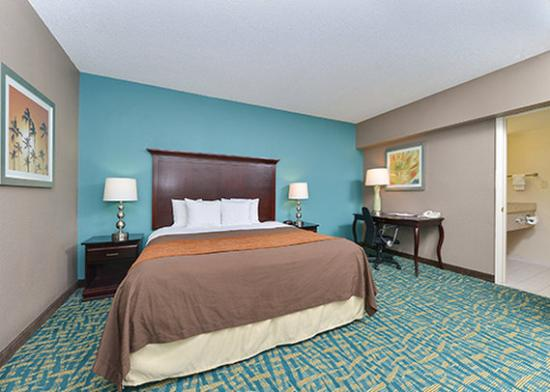 Photo of Comfort Inn Fort Lauderdale
