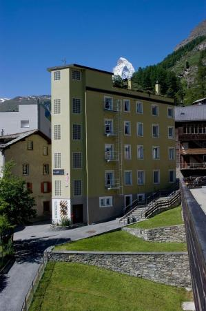 Photo of Le Petit Hotel Zermatt