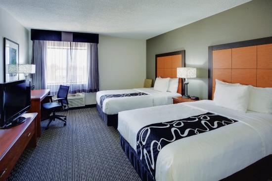Photo of La Quinta Inn & Suites Harrisburg Airport Hershey