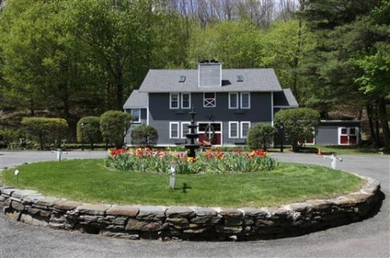 Photo of Cornell Inn Lenox