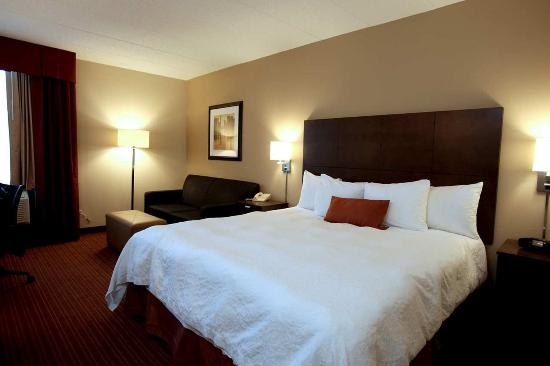 Photo of Hampton Inn Chicago Naperville