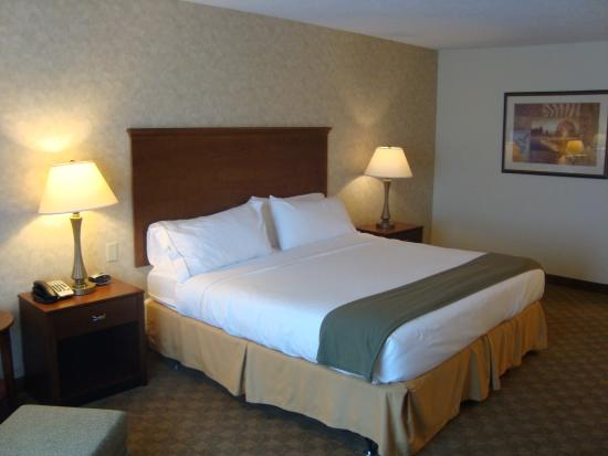 Photo of Holiday Inn Express Hotel & Suites Sparta