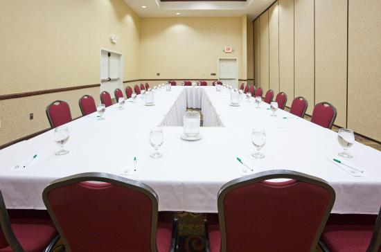Photo of Holiday Inn Conference Center Marshfield