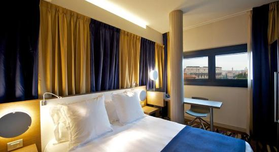 Mercure Rome Colosseum Centre