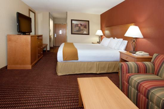 Holiday Inn Express Raton