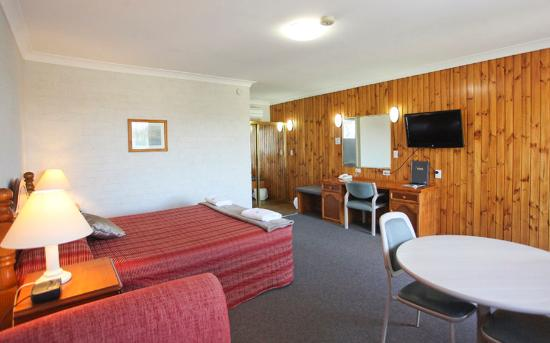 ‪BEST WESTERN Blue Diamond Motor Inn‬