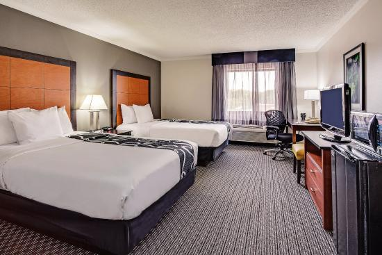 La Quinta Inn Cleveland Airport North