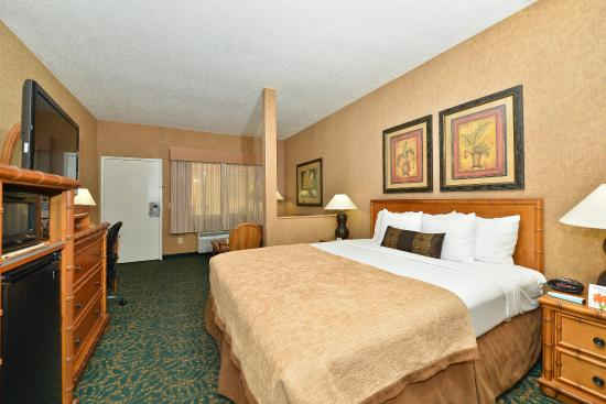 Photo of BEST WESTERN PLUS Park Place Inn - Mini Suites Anaheim