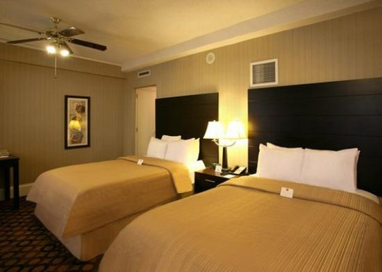 Photo of Clarion Inn & Suites New Orleans