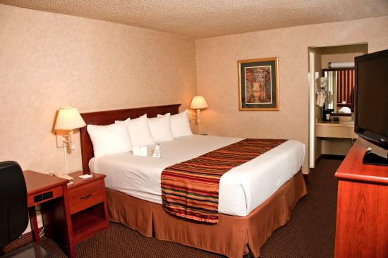 Photo of BEST WESTERN Sherwood Inn Clarksville