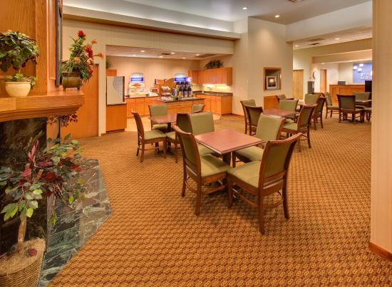 Photo of Holiday Inn Express Omaha Southwest