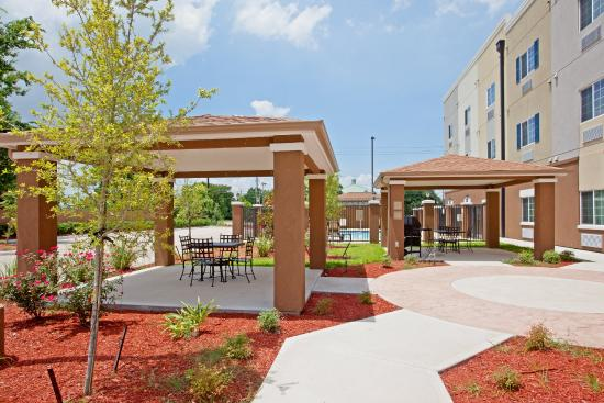 Candlewood Suites Baytown