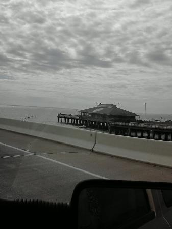 Fishing pier beside the bridge picture of sunshine for Sunshine skyway fishing pier