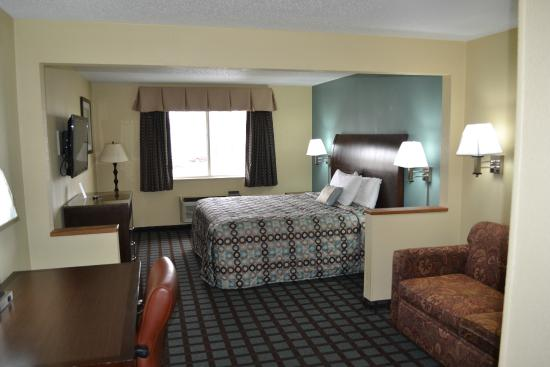 Photo of Countryside Inn & Suites Fremont