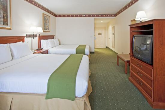 Holiday Inn Express Orlando Airport