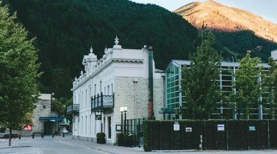 Photo of Eichardt's Private Hotel Queenstown