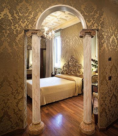 Hotel des epoques rome italy boutique hotel reviews for Boutique rome