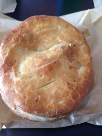 Warkworth Bakehouse: Steak and mushroom pie