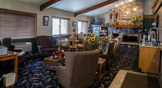 Boarders Inn and Suites by Cobblestone Medford
