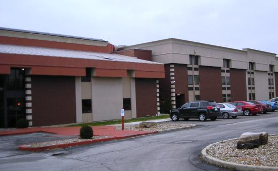 Photo of Clarion Inn & Suites Terre Haute