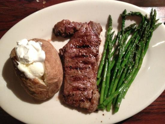 ... and asparagus sirloin steak with roasted potatoes and asparagus