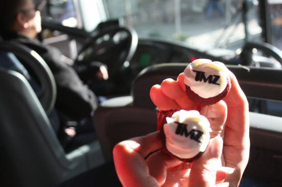 Awesome cupcake treat picture of tmz tour nyc new york for Tmz tour new york city