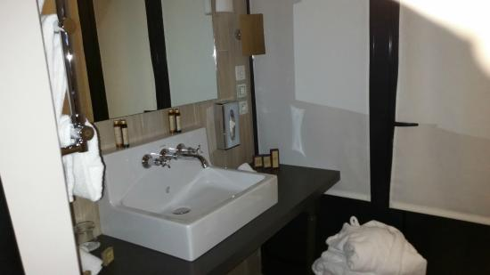 sdb suite cabane picture of les plumes hotel paris tripadvisor. Black Bedroom Furniture Sets. Home Design Ideas