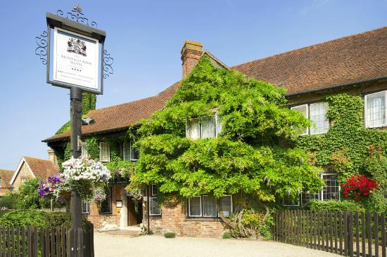 Photo of Montagu Arms Hotel Beaulieu