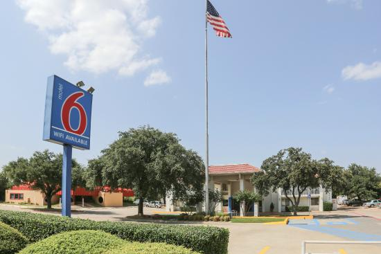 Photo of Motel 6 Dallas - Addison
