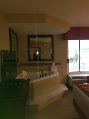 Jacuzzi Picture Of La Quinta Inn Suites Pigeon Forge Pigeon Forge Tripadvisor