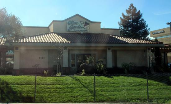 Olive garden rohnert park menu prices restaurant reviews tripadvisor What time does the olive garden close