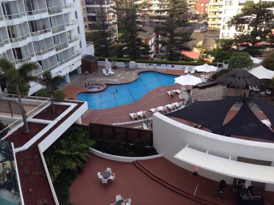 Pool And Outdoor Eating Area Picture Of Novotel Sydney Brighton Beach Brighton Le Sands