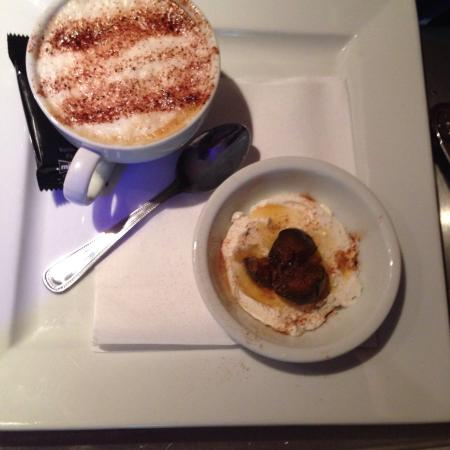 Figs and mascapone with free coffe picture of arabesque for Arabesque lebanon cuisine