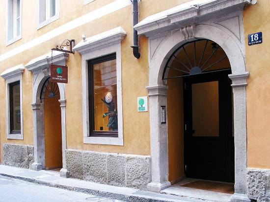Photo of Hotel Residence L'Albero Nascosto Trieste