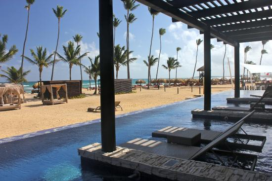 Royalton Punta Cana Swim Up Room