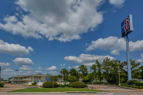 Photo of Motel 6 Hattiesburg - Univ Of Southern Ms