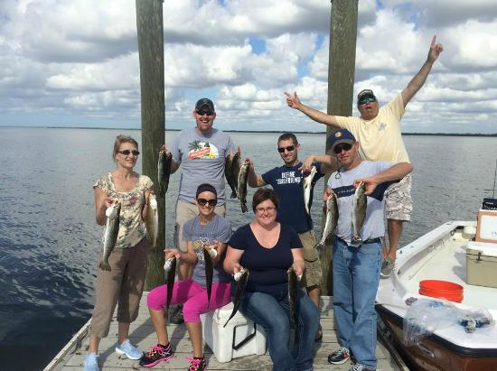 Big snook picture of tampa bay fishing charters tampa for Tampa bay fishing guides