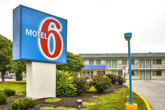 Photo of Motel 6 Kansas City Southwest Lenexa