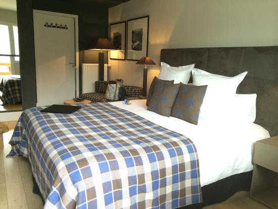 chambre sup rieure picture of l 39 alta peyra hotel et spa. Black Bedroom Furniture Sets. Home Design Ideas