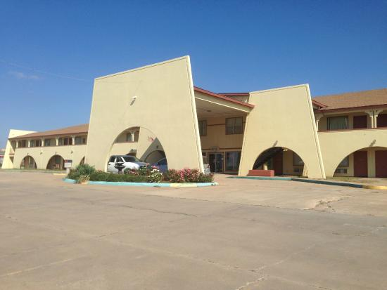 Photo of Hometown Inn & Suites Elk City