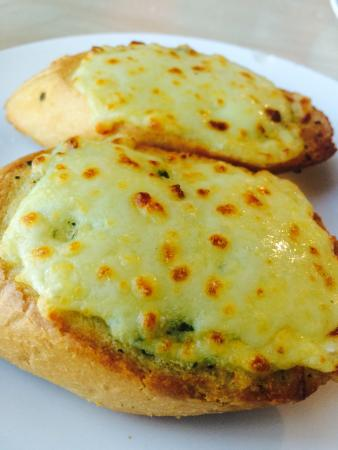 garlic-bread-with-cheese.jpg