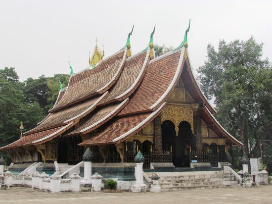 xieng福_old temple - picture of golden city temple (wat xieng thong)