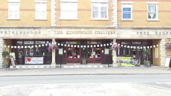 Kingswood Hotel Phone Number