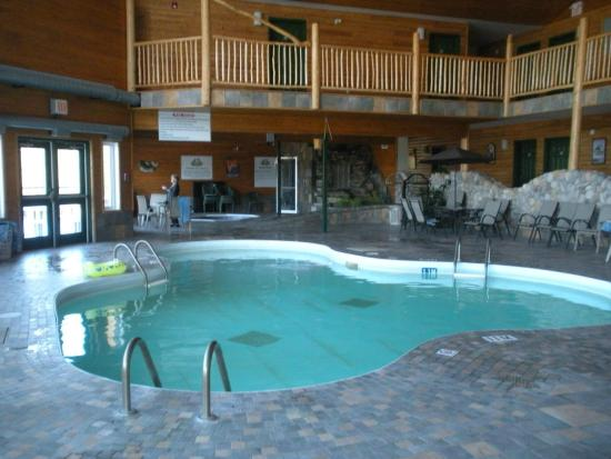 Manitoba photos featured images of manitoba canada for Best pool buys canada